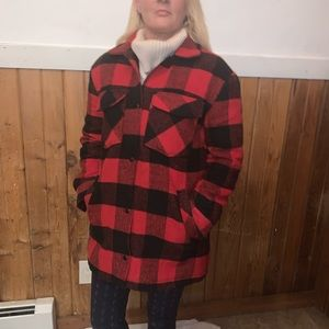 ❄️Red Plaid Coat Size S